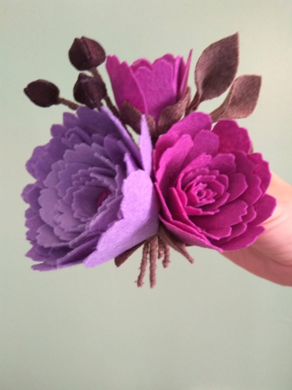 Flower Brooch From Felt By Lidushadesigns On Etsy Felt Pinterest