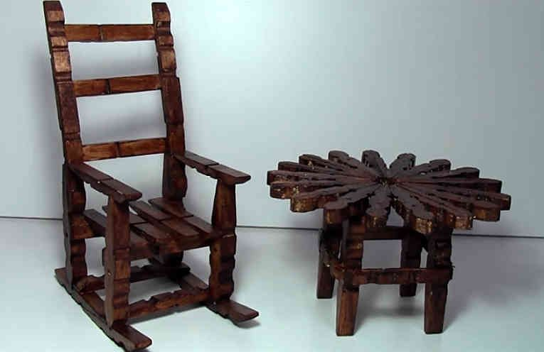 C mo hacer mesa y mecedora con pinzas de madera muy for Como hacer una mesa redonda de madera