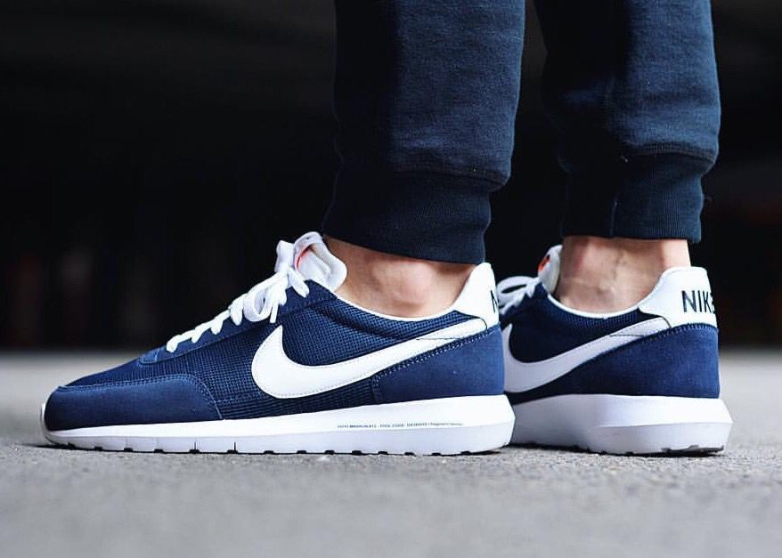 wholesale dealer 48471 0690a Fragment Design x Nike Roshe Daybreak