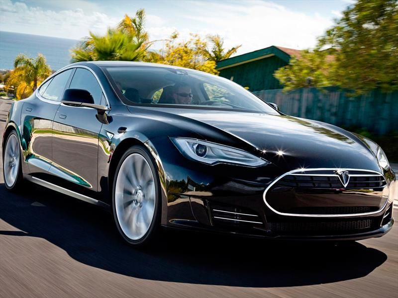 Tesla Model S P85D, un demonio AWD VALET PARKING RH 2030 - valet parking resume