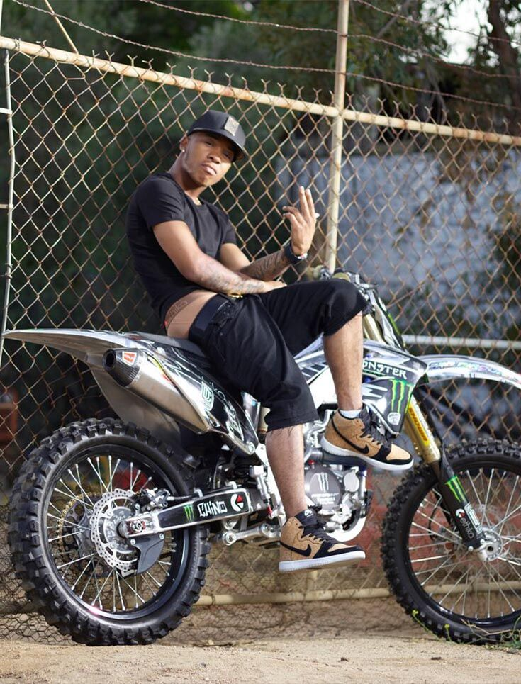 6f1d9ea88267d Chino wearing the Dirt Staple on his bike.
