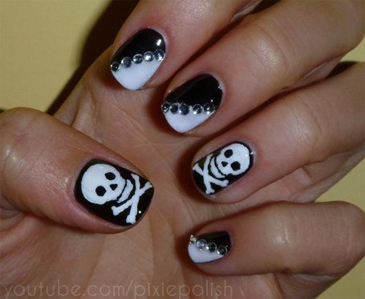 Nail art skull design image collections nail art and nail design halloween nail art halloween nail art designs 25 spooky examples halloween nail art halloween nail art prinsesfo Image collections