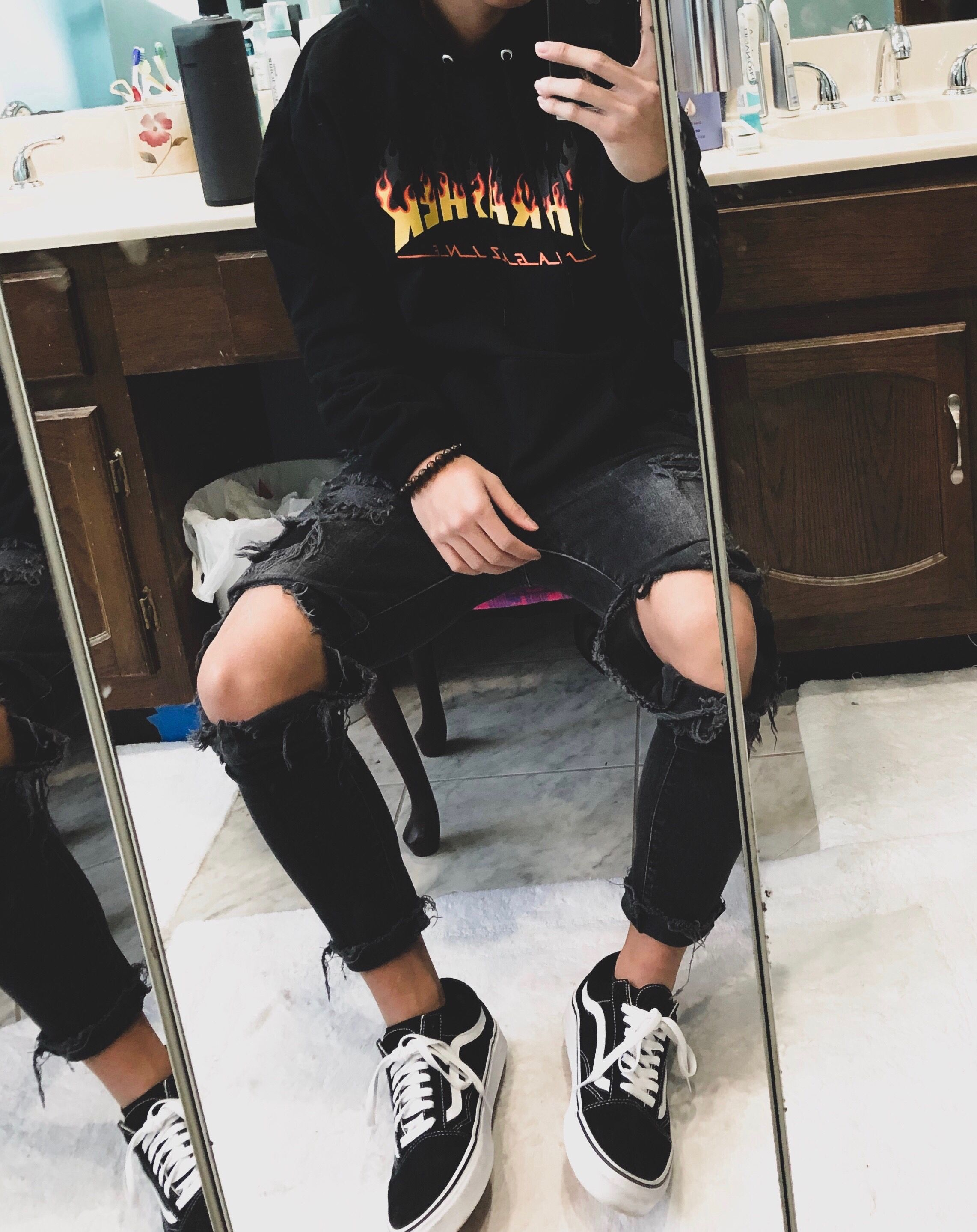 09644e9654 Basic fit with Black and White Old Schools, black ripped jeans & black  thrasher hoodie.