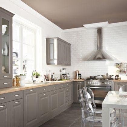 tonos grises para una cocina clasica con encimera de madera Home