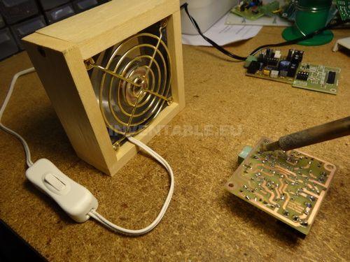 Extractor De Humo Hecho Con Un Cooler Para Pc Imagenes De Electricidad Electrónica Circuito Electrónico