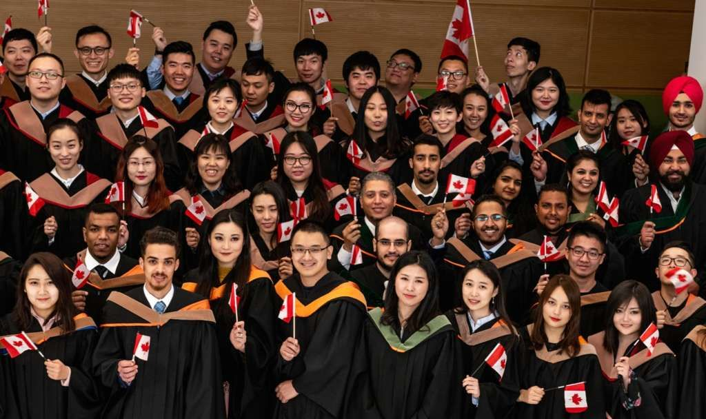 How early you should apply to Canadian universities