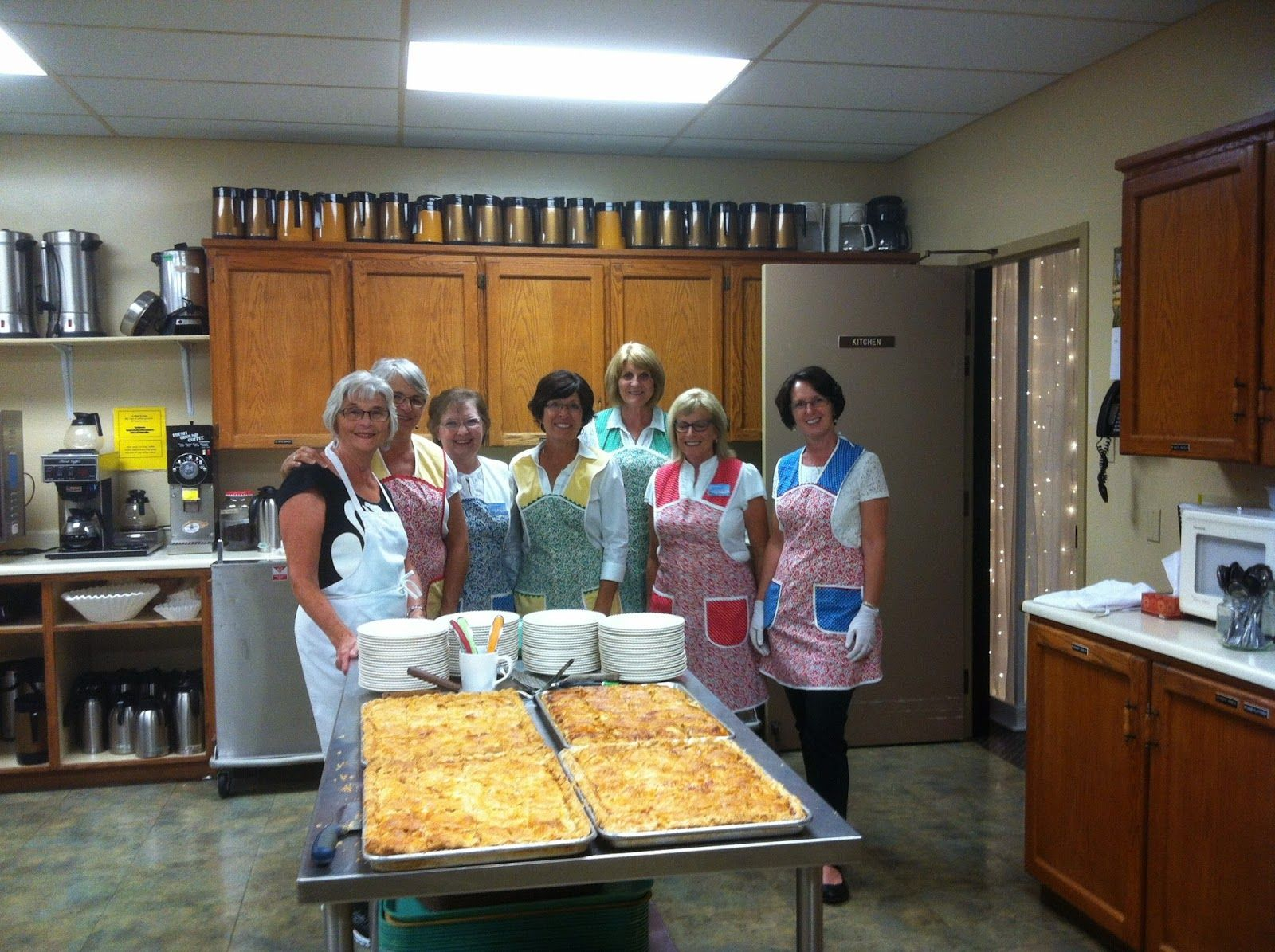 Mennonite Girls Can Cook: Apple Slab Pies for a Crowd - Serving the Kiev  Symphony Orchestra and Chorus
