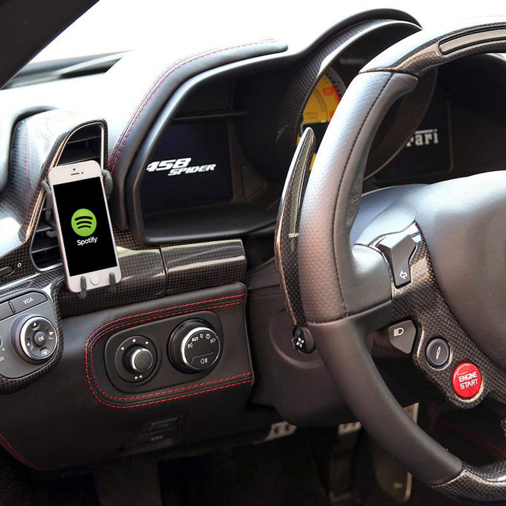 We Tested Out The Spiderpodium Car Phone Holder In The Ferrari 458
