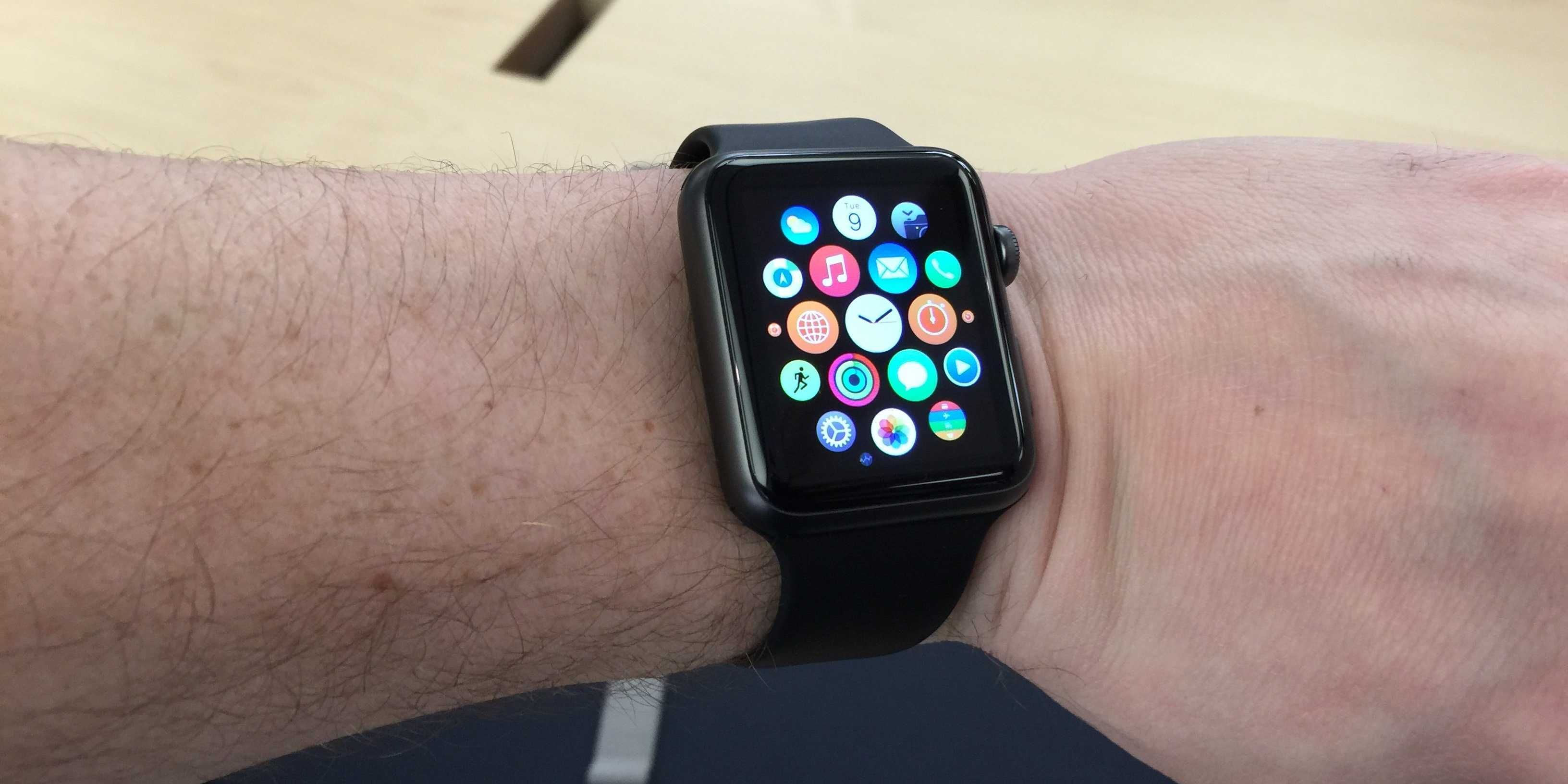 The 15 Apple Watch apps you need to download first