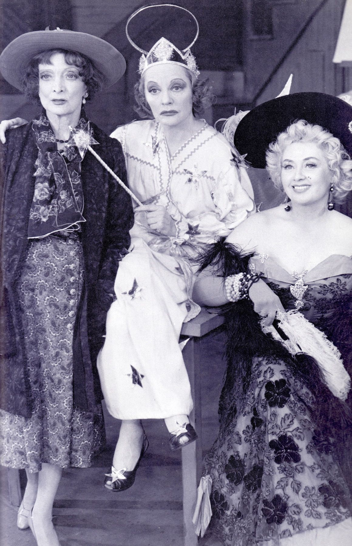 Tallulah Bankhead Centre With Live In Best Friend Estelle Winwood