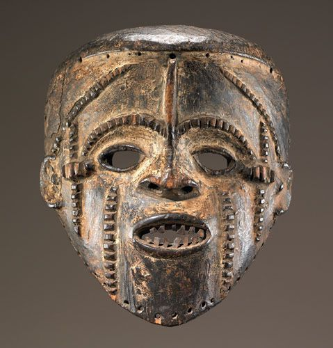 mask from idoma people of nigeria