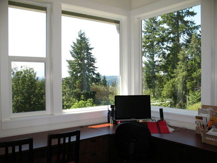 Ufficio In Casa Idee : Spettacolari idee di arredo ufficio a casa con vista uffici