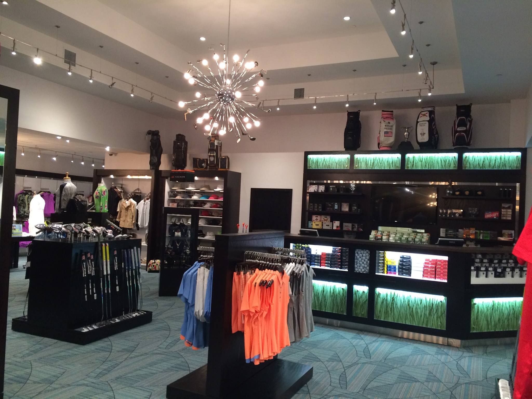 St Andrews Country Club Pro Shop Fixtures Retail Golf Golf Pro Shop Golf Shop Club Design