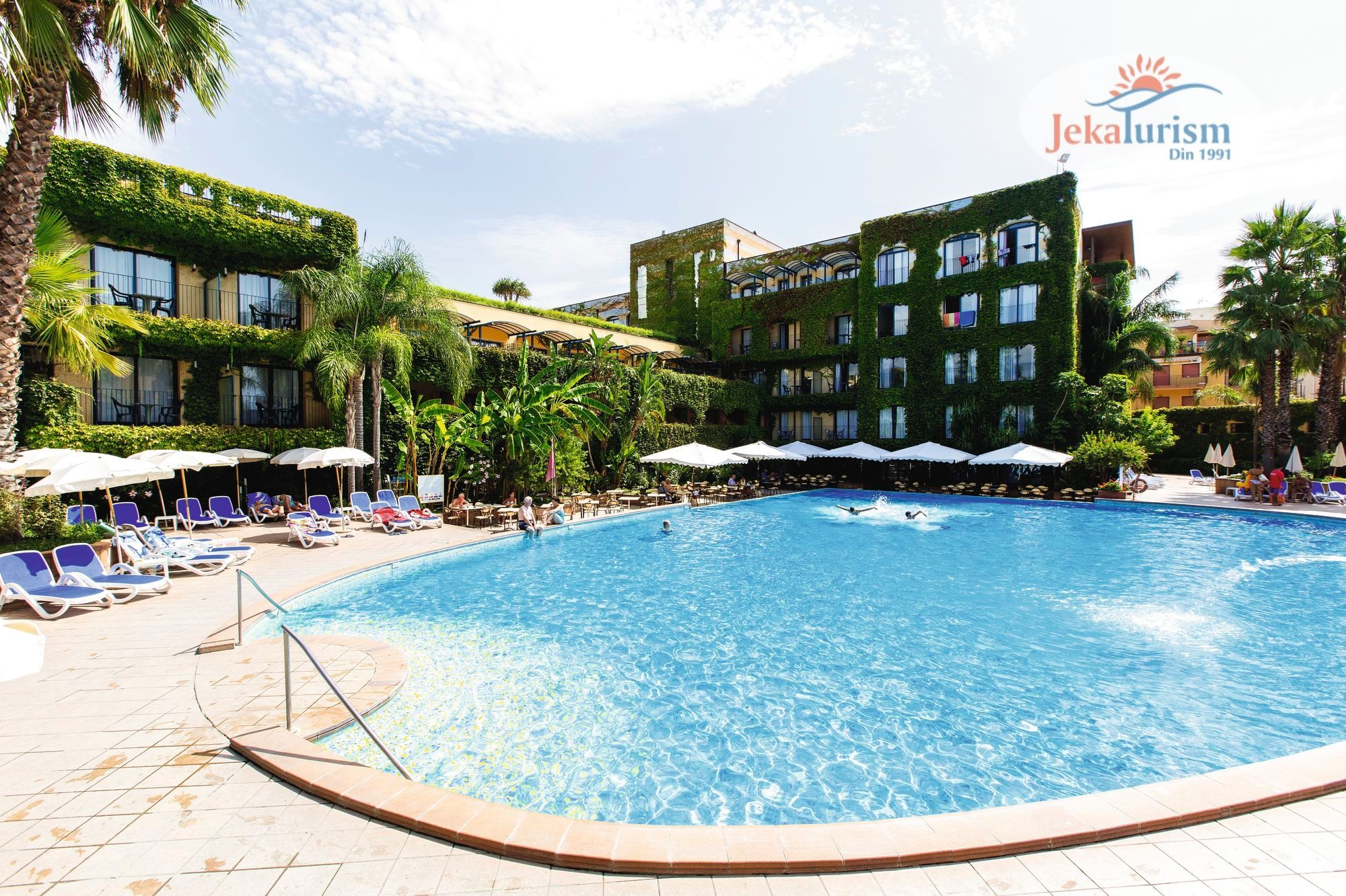 Hotel 𝐂𝐀𝐄𝐒𝐀𝐑 𝐏𝐀𝐋𝐀𝐂𝐄 𝟒*, Sicilia, Italia !!! 5 Reducere