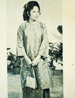Malaysian Vintage Baju Kurung Traditional Outfits Traditional