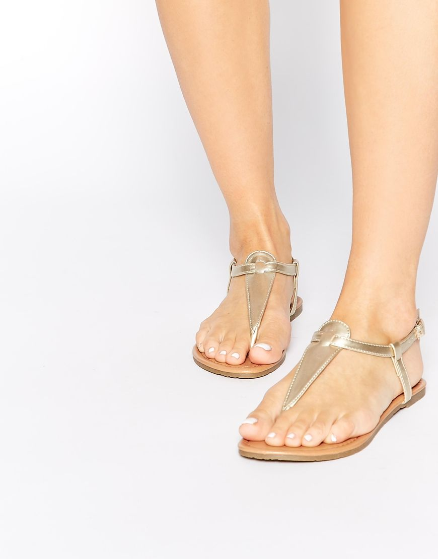 Daisy Street Gold Toe Post Flat Sandals