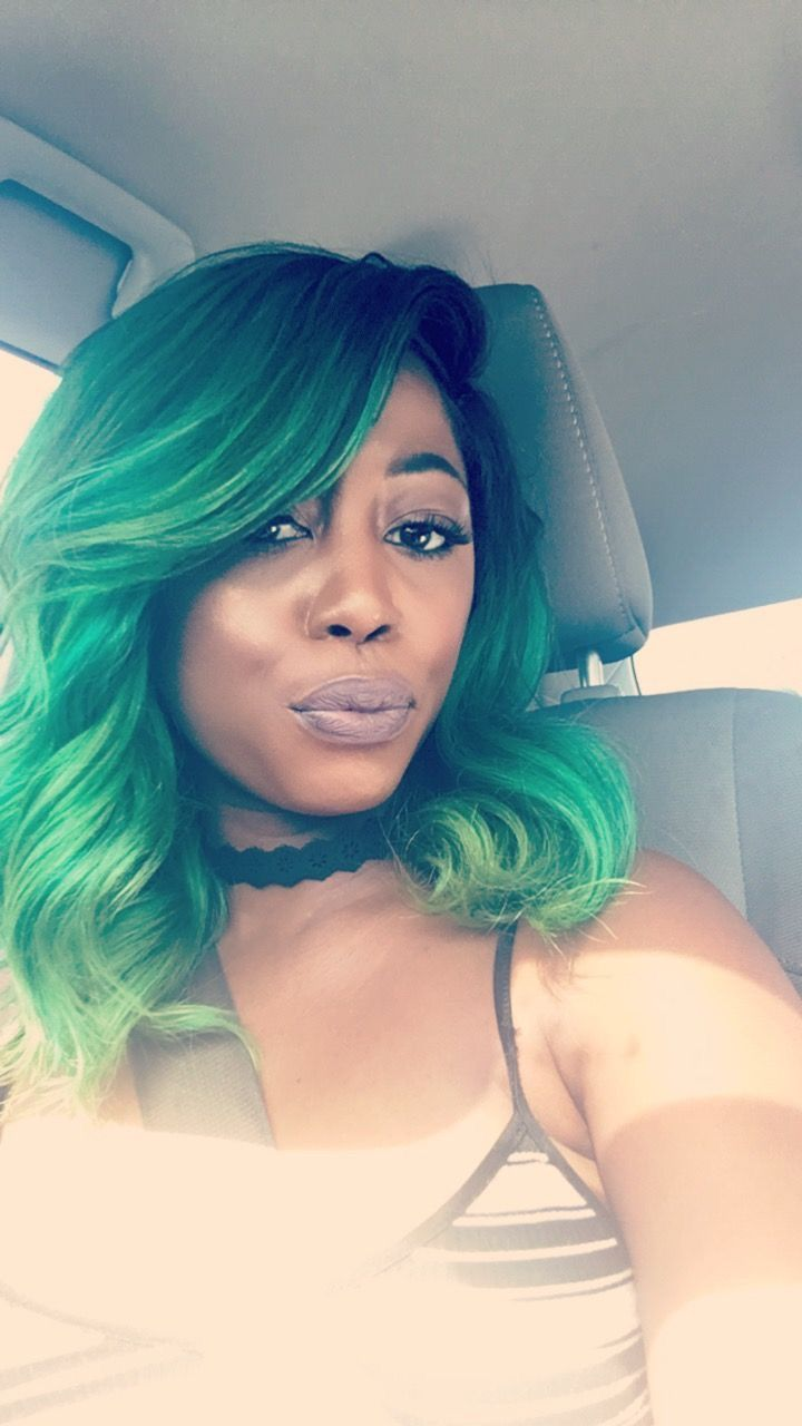 Black women with highlighted hair - Black Women Weave Hair Sew In Green Hair Green Highlights