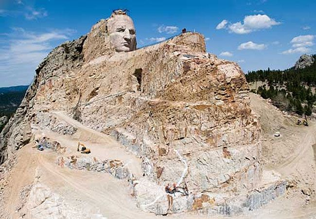 Crazy Horse Monument In South Dakota Is Well Worth A Visit It S An Awesome Story Of Determined Family