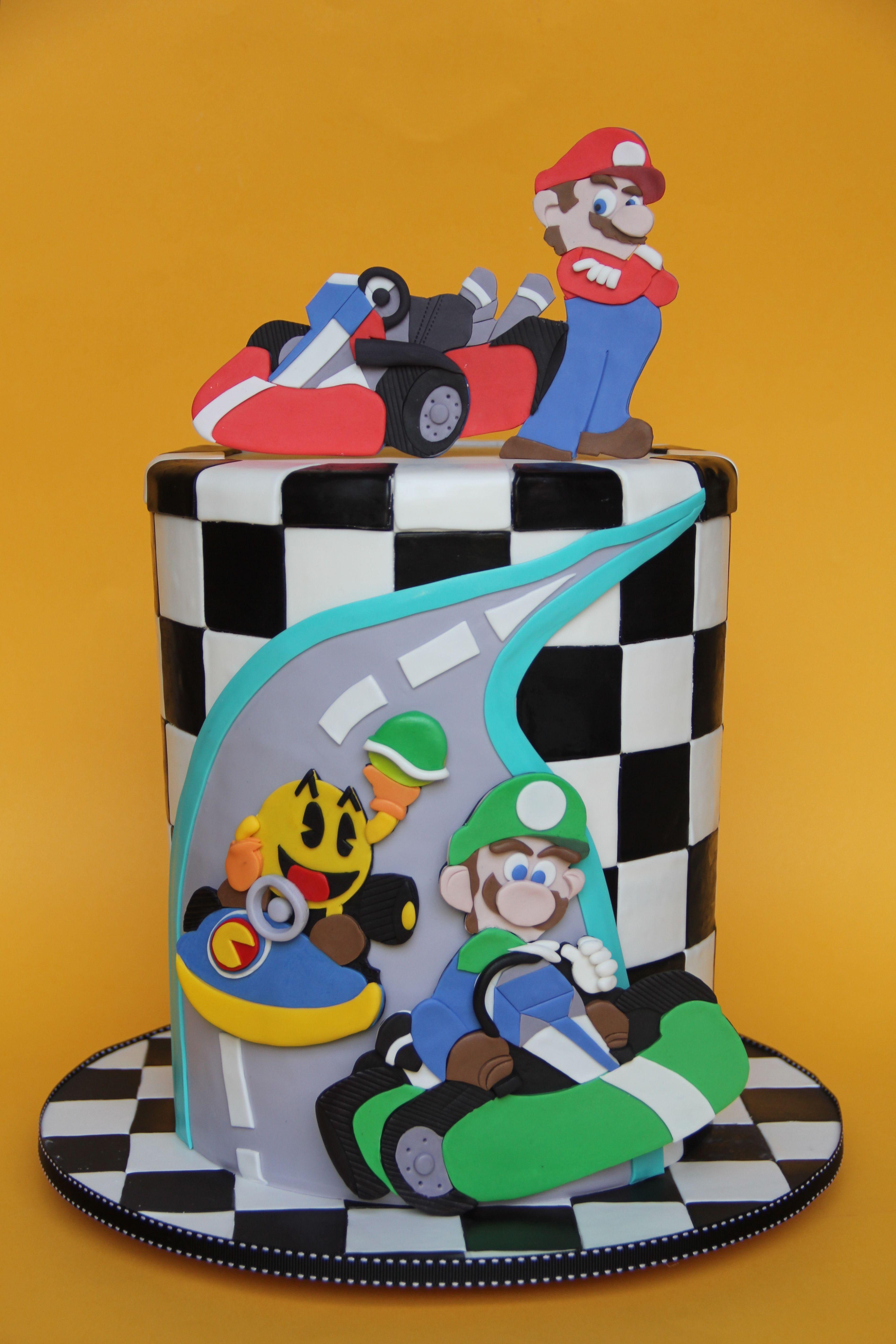 Sensational Mario Kart Cake Moxy Mx Con Imagenes Sombreros Locos Tortas Personalised Birthday Cards Akebfashionlily Jamesorg