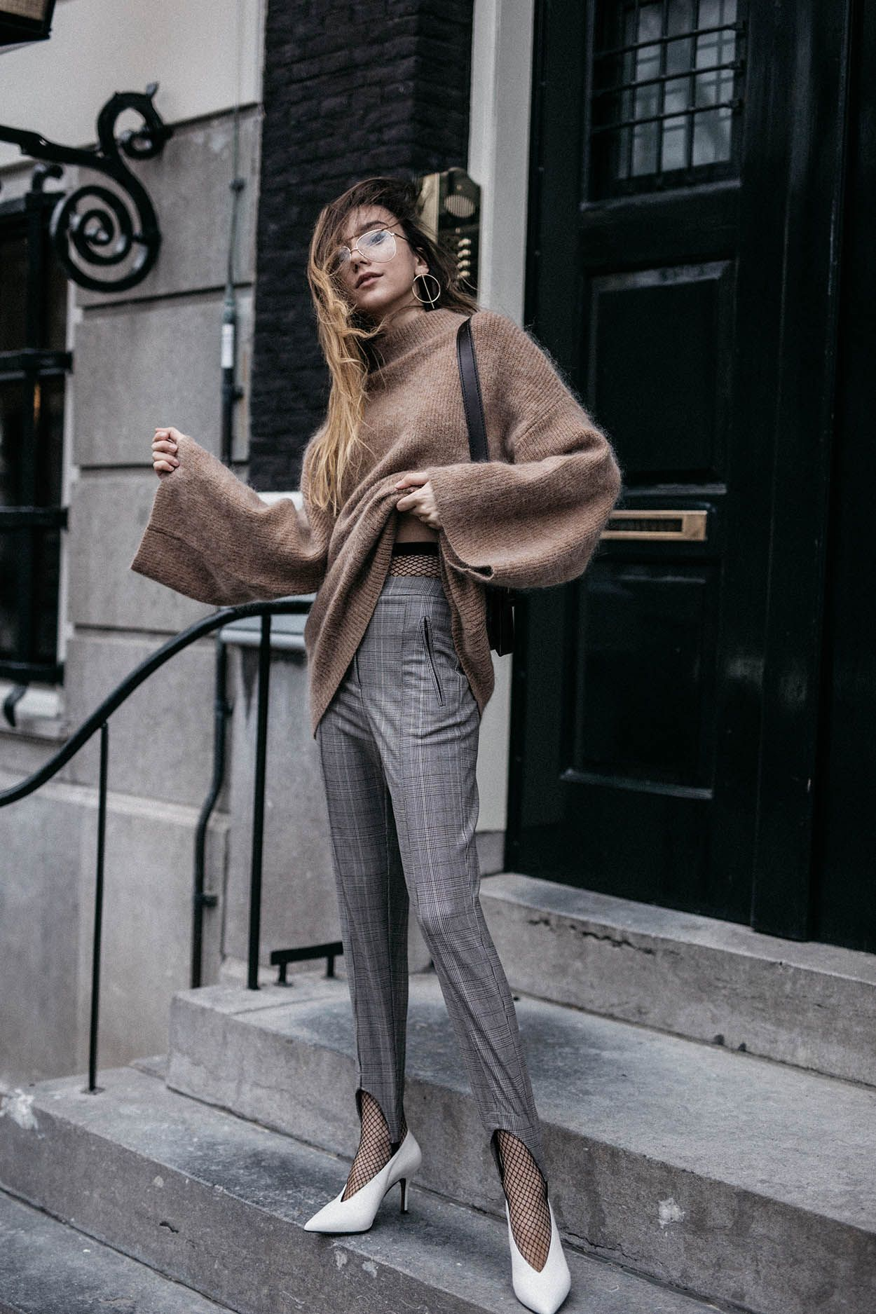 How to wear camel mohair sweater with checked stirrup trousers and V neck  white pumps trend. White PumpsWhite ShoesGirl ...