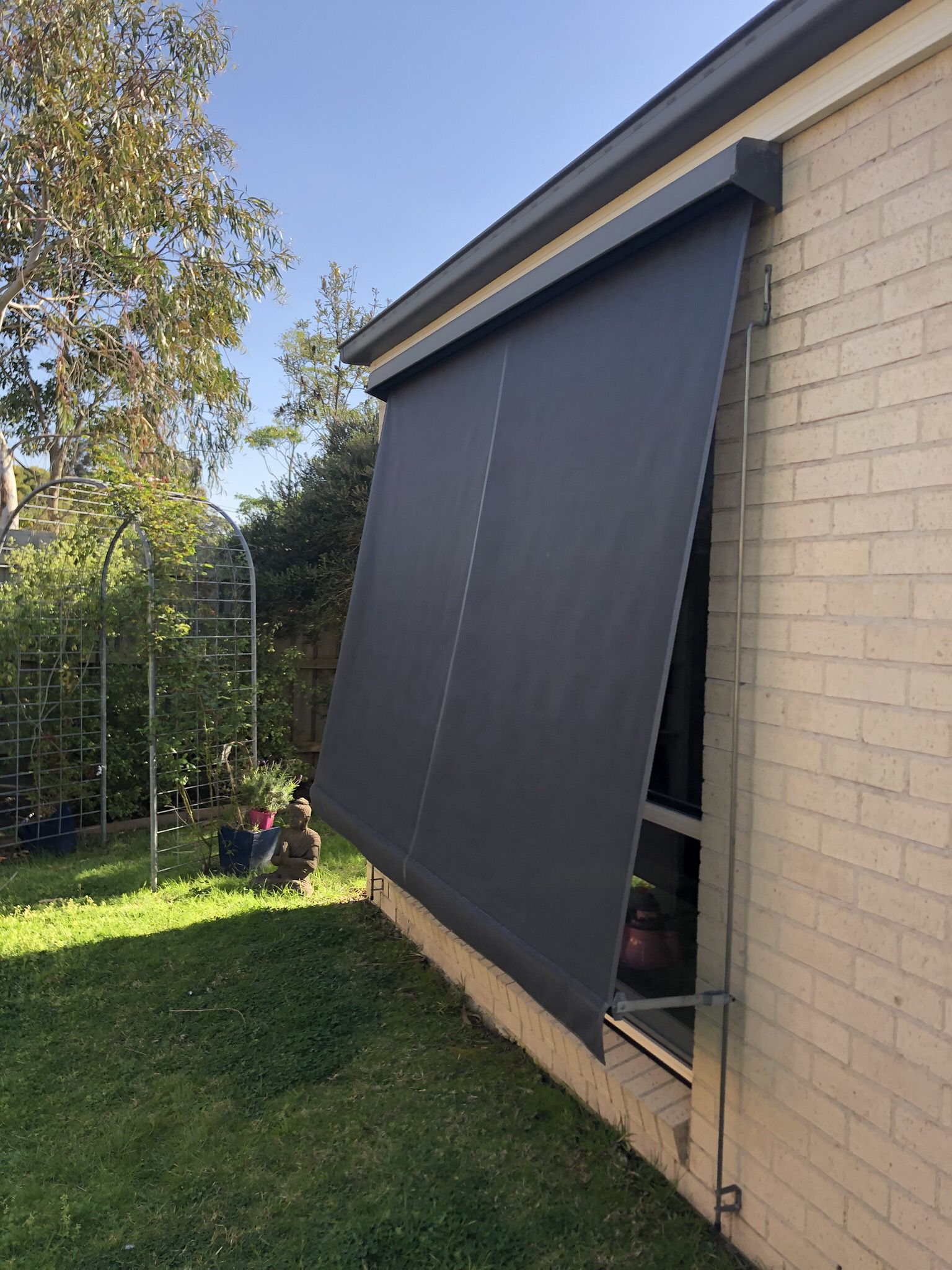 10 Years On And These Mesh Fabric Outdoor Sun Blinds Are Still Looking Great And Doing Well Protecting From The Western Outdoor Blinds Melbourne House Blinds