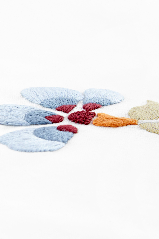 Flower Power Violeta - diseño   Bordado   Pinterest   Bordado y ...