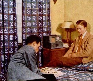 1941 College Dorm Radio. Pin by Nina on 1940s Bedroom   Pinterest