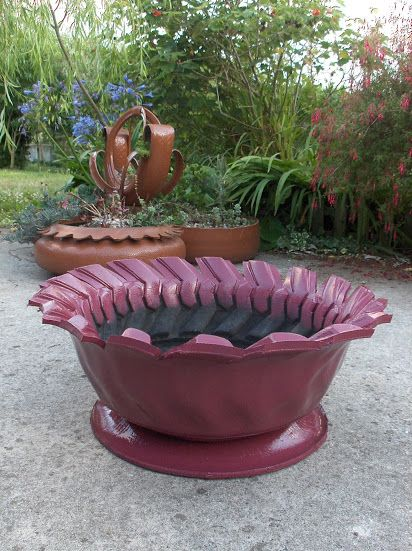 Merveilleux DIY Planters Made Out Of Recycled Tires