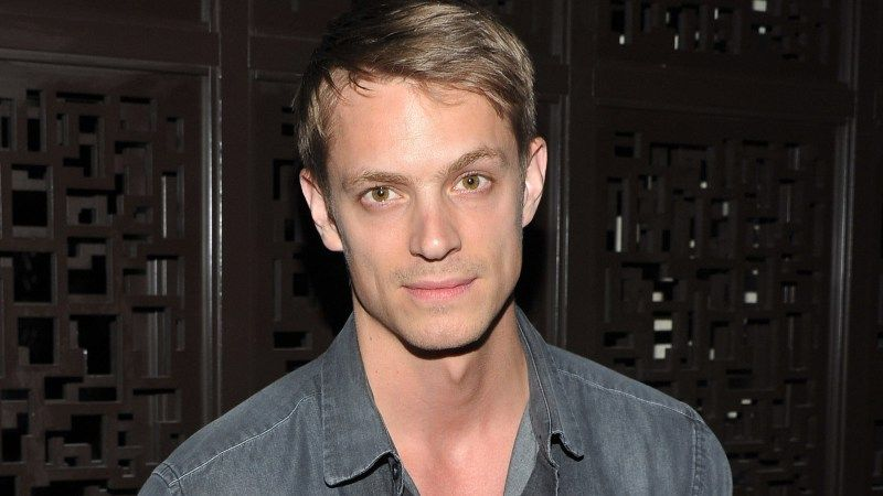 Joel Kinnaman eyed to replace Tom Hardy as Rick Flagg in 'Suicide Squad'