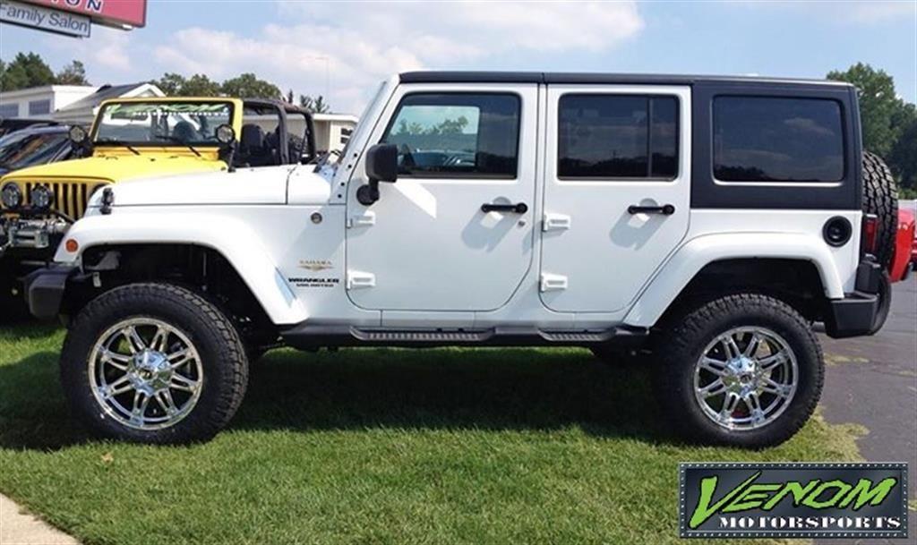 Lifted White Jeep Wrangler Unlimited Sahara Venom Motorsports Grand Rapids Mi Us 167469 Offroad Jeep Jeep Wrangler Unlimited White Jeep Wrangler Unlimited