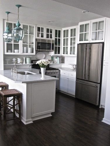 antique white kitchen cabinets with dark wood floors saXrIwz2