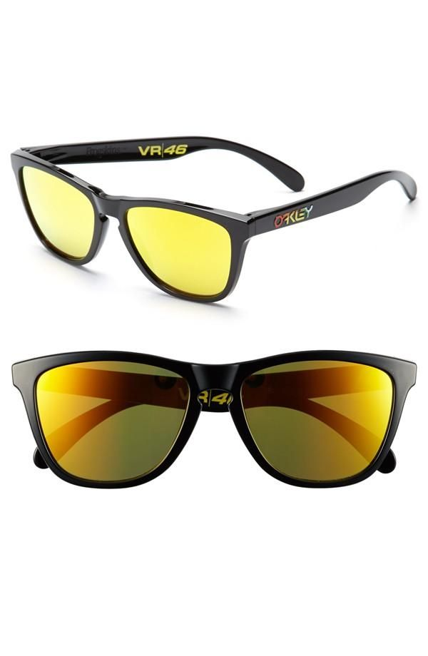 f368cf4ea474 80 s style Oakley sunglasses from the Valentino Rossi Collection ...