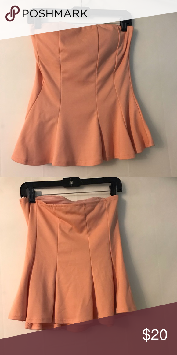 Body Central Sale >> Sale Body Central Shirt Peach Peplum Style Strapless Top W Built