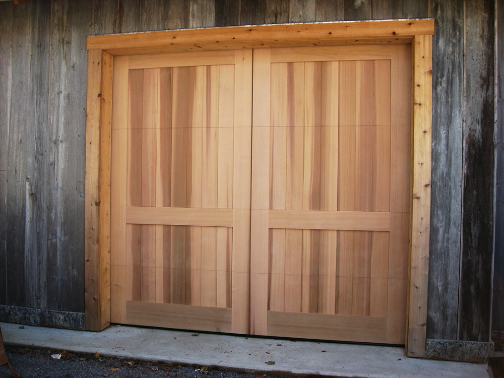 Country Barn Doors Western Red Cedar In 2020 Barn Door Barn Door Garage Wooden Gates Driveway