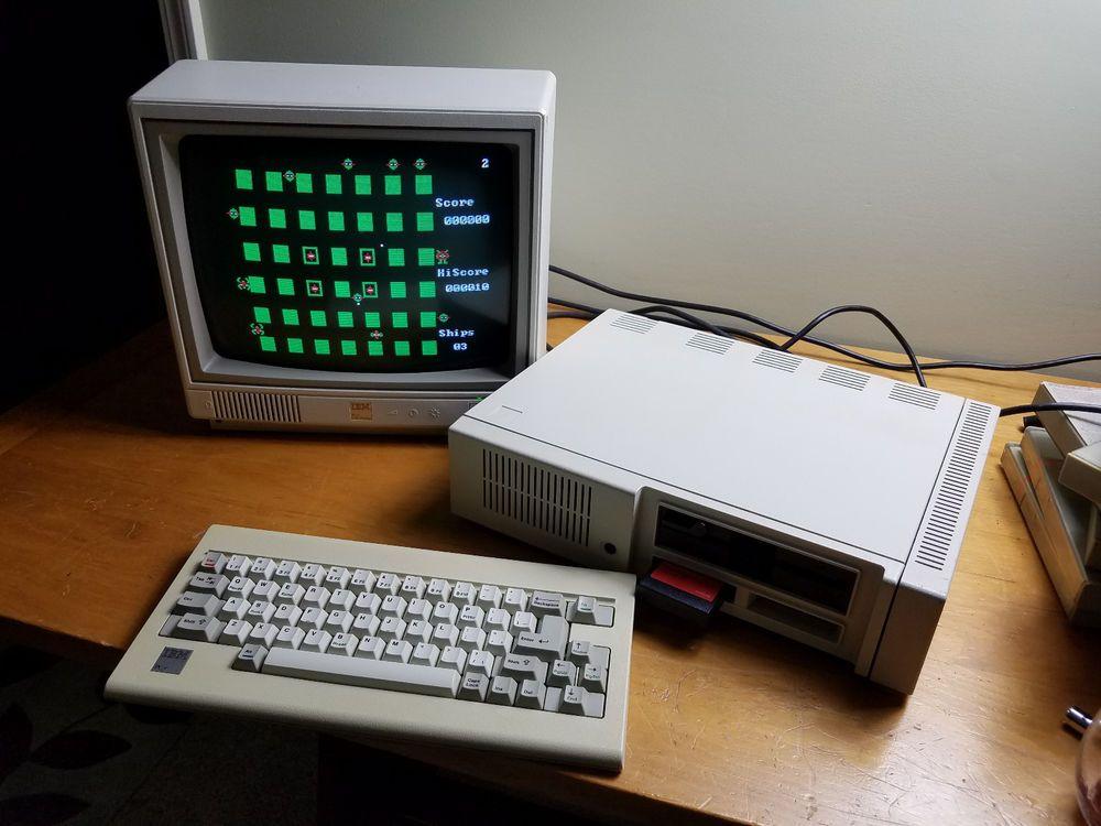 IBM PC jr Computer ~~~~ Working   #IBM | Electronics in 2019