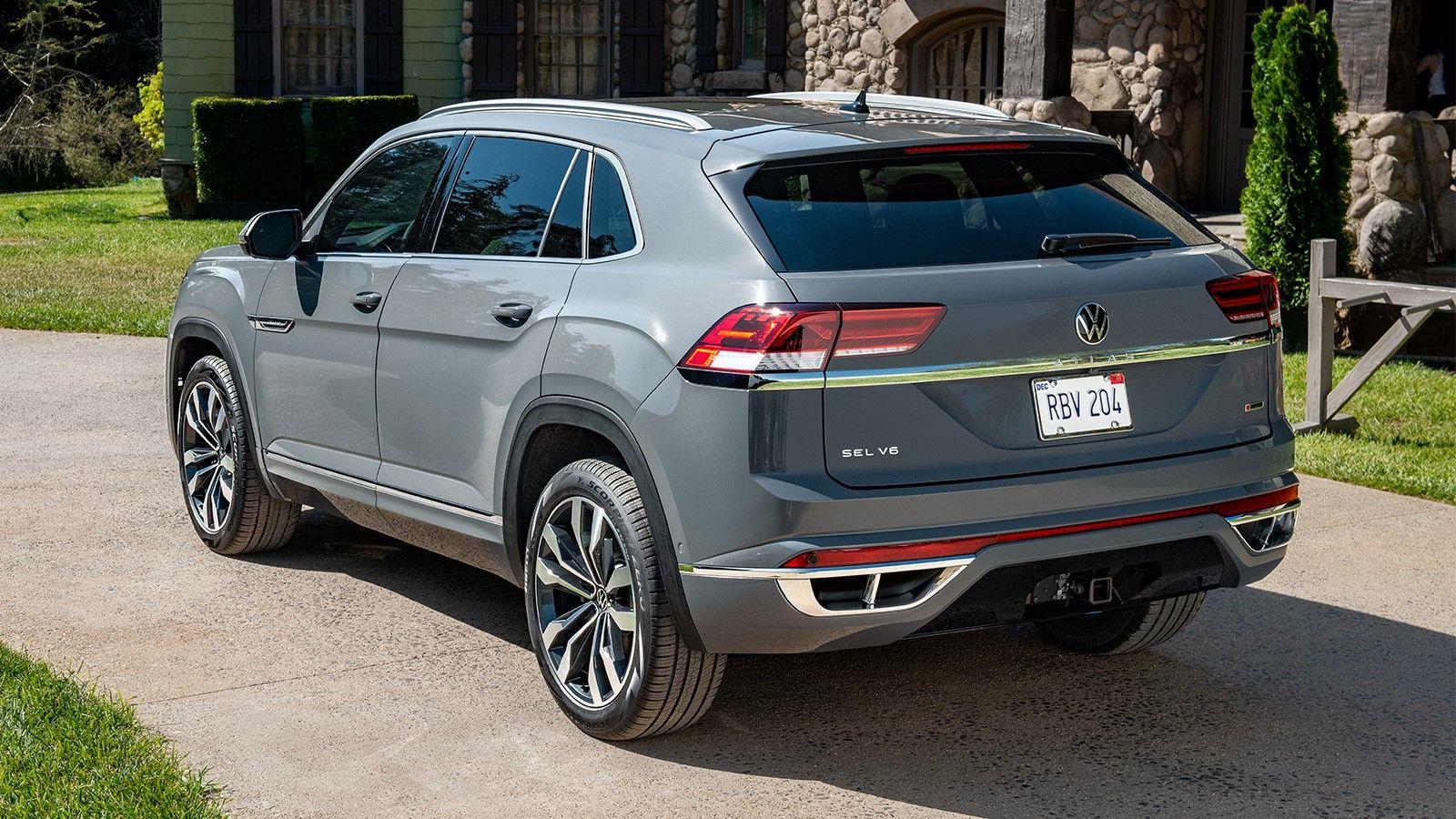 The 2020 Volkswagen Atlas Cross Sport in Albuquerque NM is