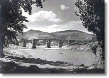 Río Miño en Ourense. Año 1960. Foto Pacheco.