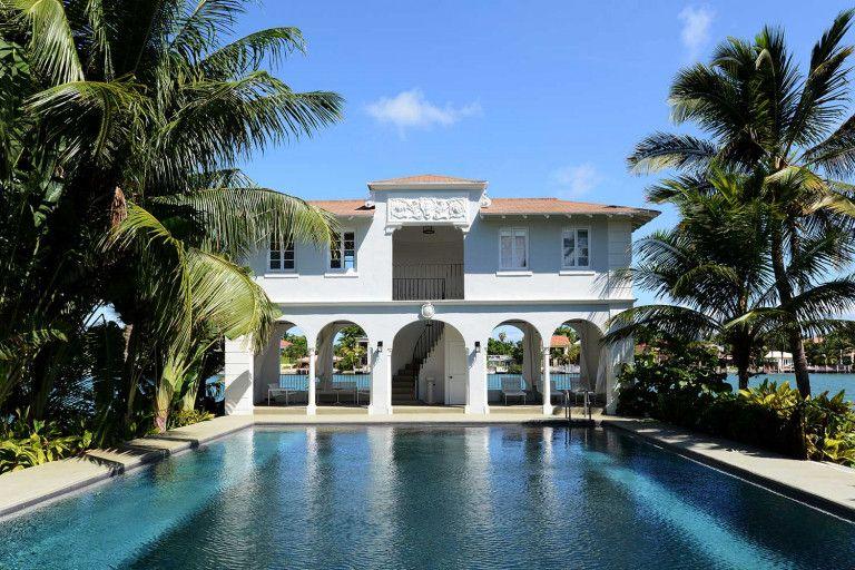 アメリカギャング界の帝王 アル カポネが暮らしたマイアミの大豪邸が