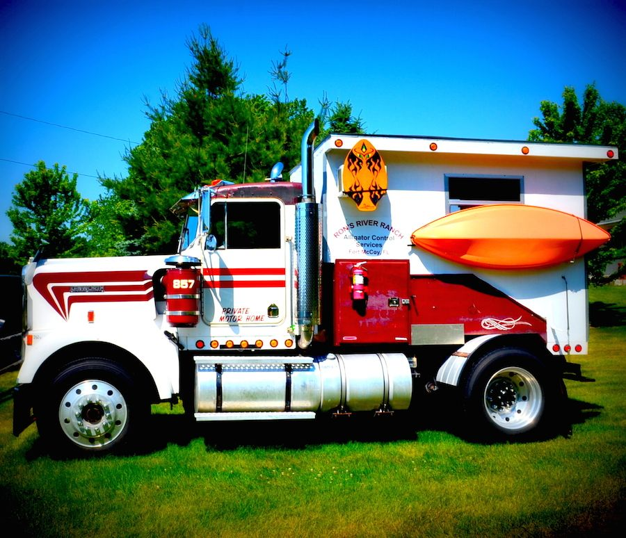 Truck Campers: Cool Semi Camper With Tiny Cabin