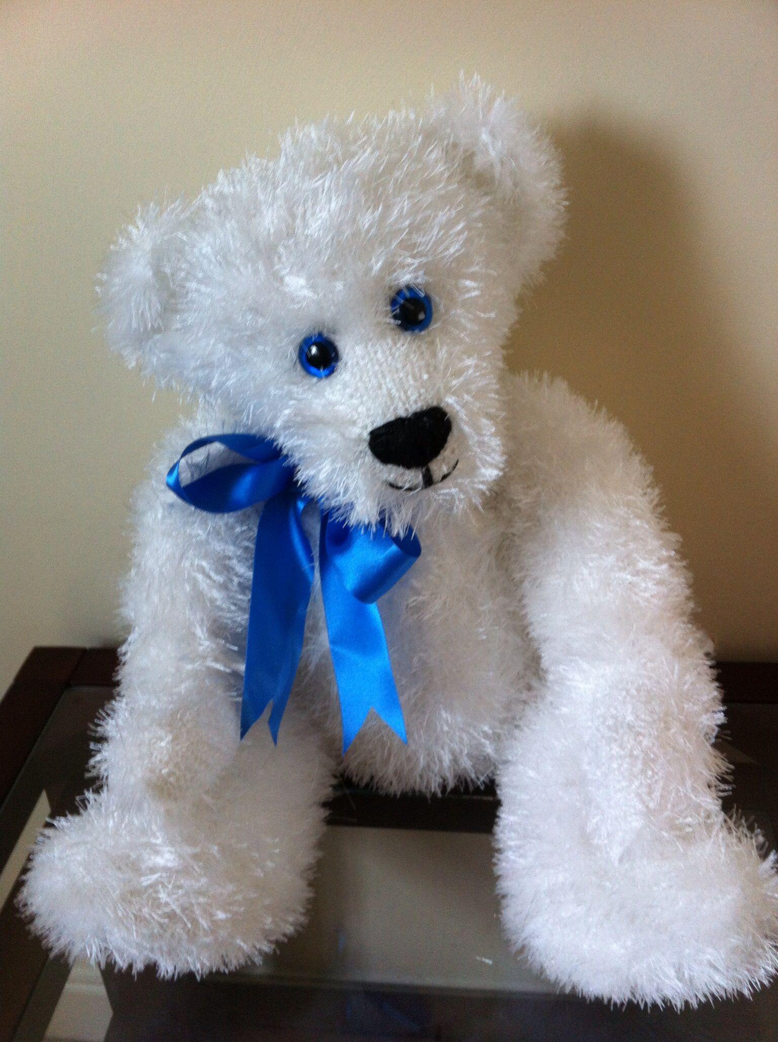 Knitted teddy using Ice Yarns eyelash yarn. http://tualmacen ...
