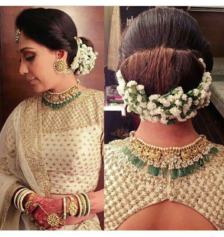 Pin By Swathi Sree On Gajra Hair Styles Flowers In Hair Indian Hairstyles
