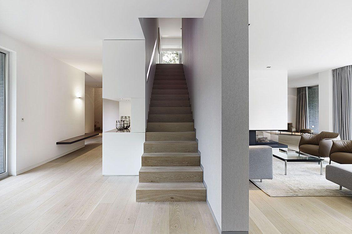 Wohnhaus Hindenburg | Häuser | Pinterest | Wohnhaus, Treppe und Flure