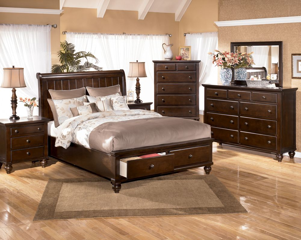 B506 Camdyn King Size Sleigh Storage Bedroom Package Bedroom
