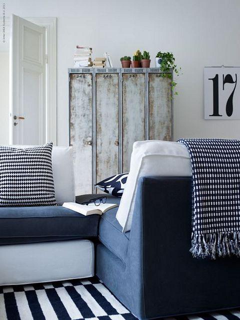 Een Tete A Tete Gemaakt Van Chaise Longue En 1 Zits Element Ikea