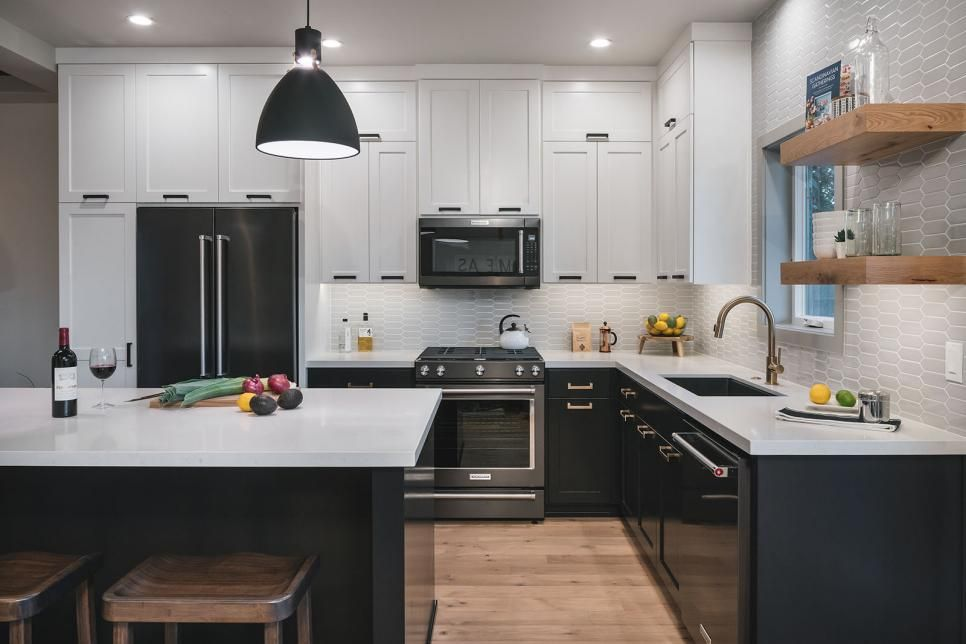 12 two toned kitchen ideas that will make you rethink your reno in 2020 kitchen cabinet on kitchen cabinet color ideas id=71875