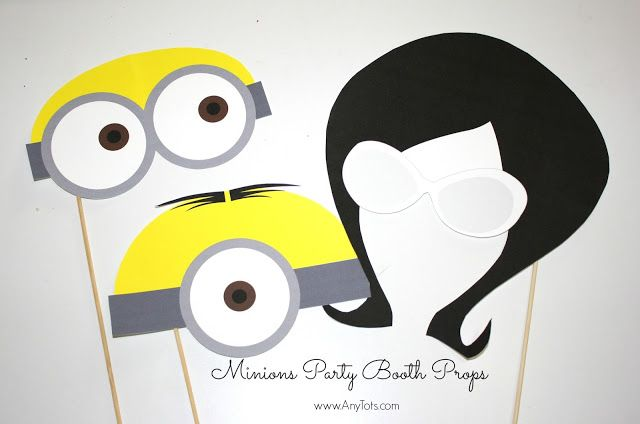Minions Party Booth Props Free Printables + Balloon Tower