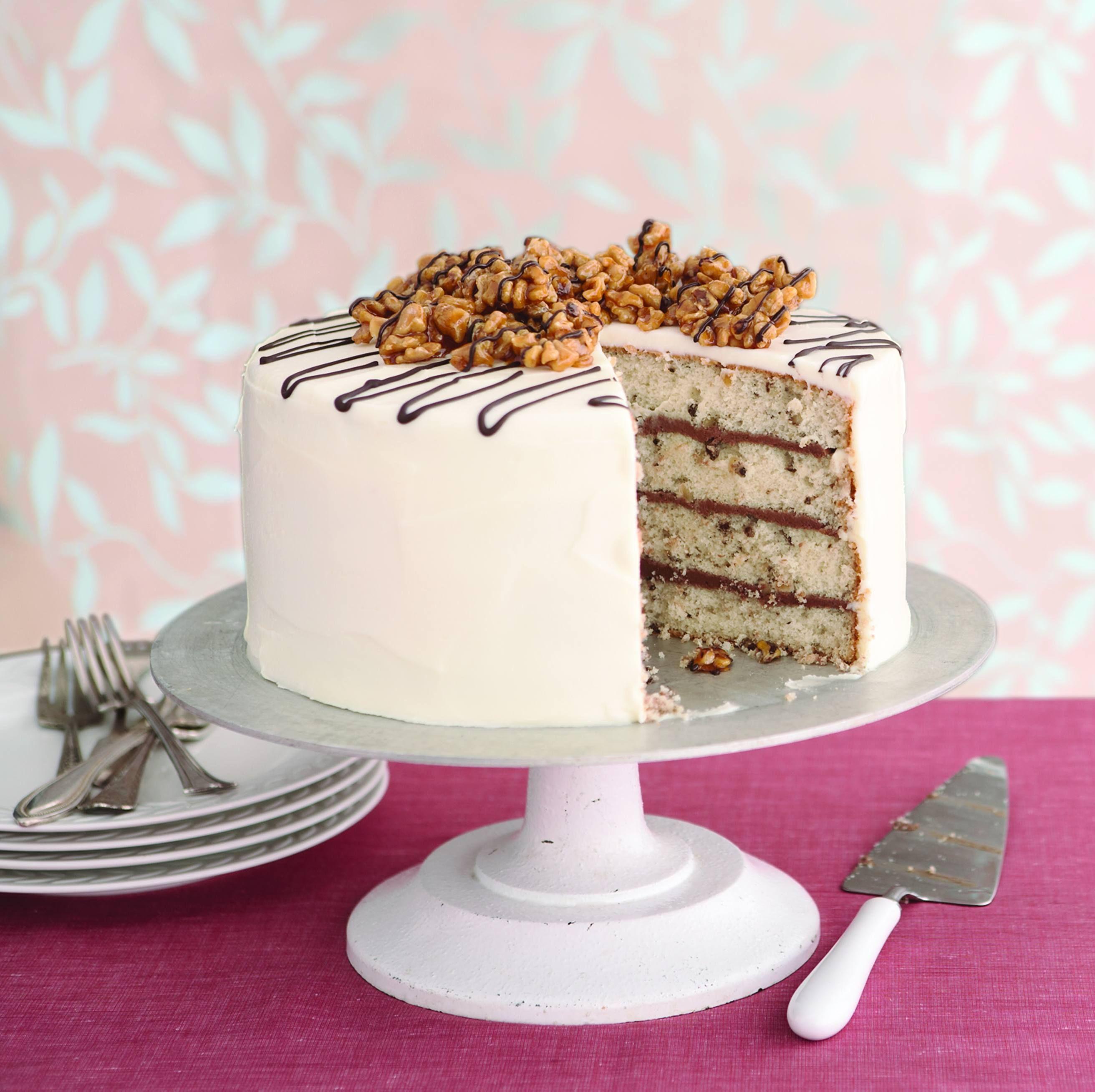 A Memorable Kind Of Birthday Cake Walnut Praline Cake With Cream