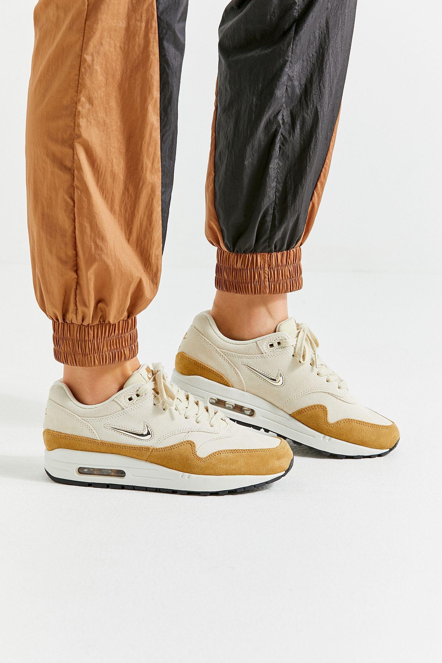b9648c00ad11 Slide View  6  Nike Air Max 1 Premium SC Sneaker