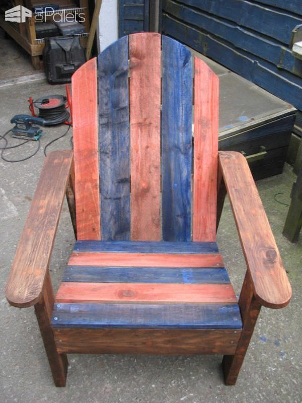 Adirondack Chair Made From Two Upcycled Pallets | Sillas adirondack ...