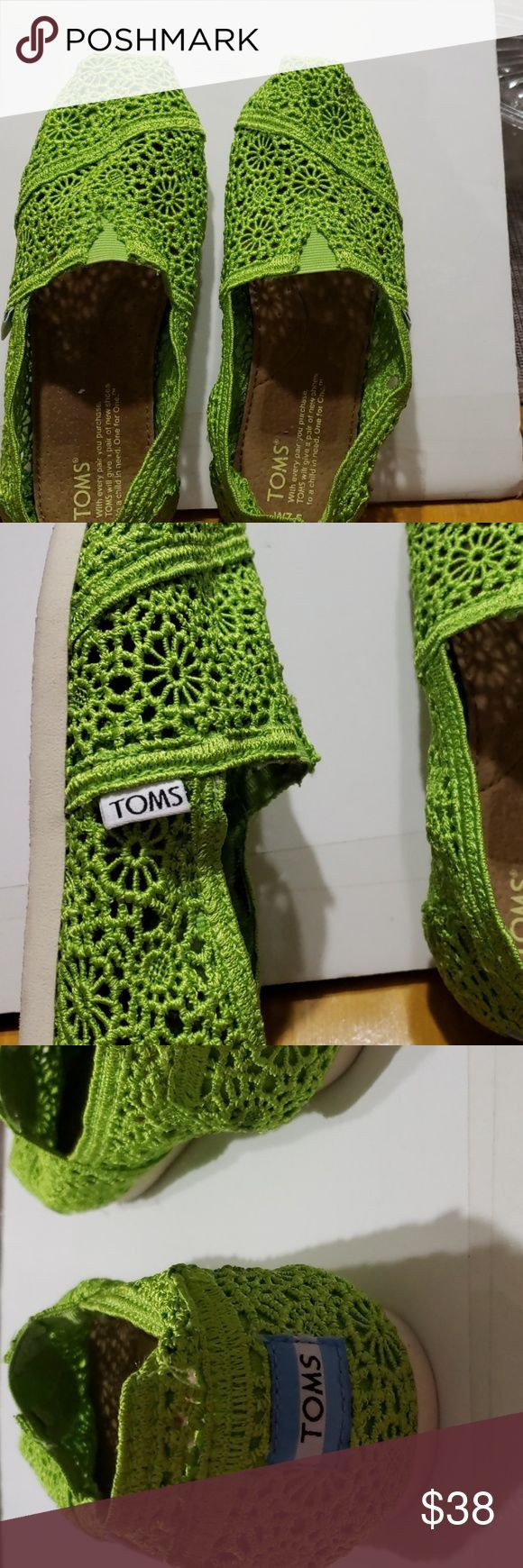 Tom39s shoes They are crocheted green Toms Shoes Flats  Loafers Toms shoes They are crocheted green Toms Shoes Flats  Loafers